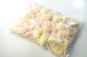 福島県産冷凍桃 暁(あかつき)原材料名:桃、砂糖 冷凍:2100g×6PC入り