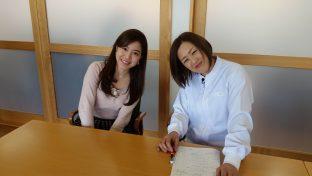 今回取材してくださった福島中央テレビのアナウンサーさん(左)と記念撮影!ありがとうございました。