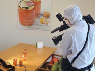 カメラマンさんも着替える暇もなくそのまま作業着で撮影、ありがとうございます。